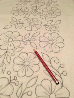 Flores drawing Bordado Bordado livre and - Whirl Tutorial and Ideas Hand Embroidery Stitches, Hand Embroidery Designs, Ribbon Embroidery, Beaded Embroidery, Cross Stitch Embroidery, Machine Embroidery, Embroidery Ideas, Mexican Flowers, Mexican Embroidery