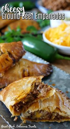Spaghetti With Ground Beef, Beef Empanadas, Tamale Recipe, Creole Recipes, Braised Pork, Ground Beef Recipes, Appetizer Recipes, Appetizers, Dinner Recipes