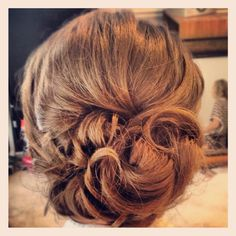 Wedding hair up-do
