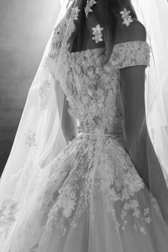 Elie Saab Bridal Fall 2018 Fashion Show Collection