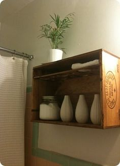 change of scenery: Wine crate shelf, complete. Wooden Wine Crates, Wooden Boxes, Vintage Crates, Small Bathroom Storage, Bathroom Shelves, Toilet Storage, Bathroom Wall, Bathroom Ideas, Casa Stark