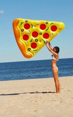 Hahahaha pizza floatie!! For Scott!!