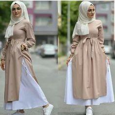 [ hijab simple N. Modern Hijab Fashion, Islamic Fashion, Abaya Fashion, Muslim Fashion, Modest Fashion, Skirt Fashion, Fashion Outfits, Hijab Evening Dress, Hijab Fashionista