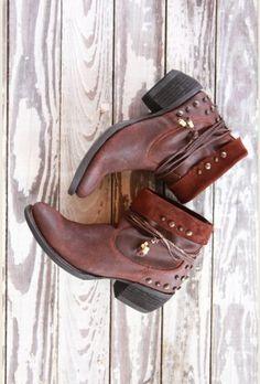 fdd080ffe533 the poet boot - dark brown Funky Fashion