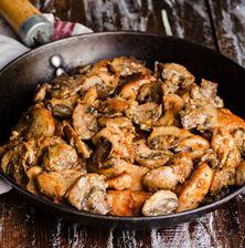 Τηγανιά κοτόπουλο με κάστανα Paella, Meat, Chicken, Ethnic Recipes, Food, Essen, Meals, Yemek, Eten