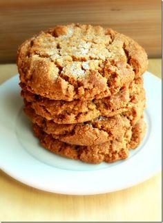 Five Ingredient Peanut Butter Cookies Best Peanut Butter Cookies, Coconut Peanut Butter, Coconut Cookies, Brownie Recipes, Cookie Recipes, Snack Recipes, Dessert Recipes, Snacks, Candy Cookies