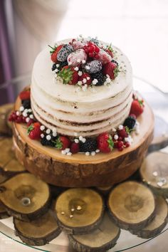 Bespoke Rustic Table crafted from Oak - Naked Cake - Log Slice Cake Stand - Hire from Wooden Treats Rustic Wedding Foods, Rustic Wedding Showers, Rustic Wedding Photos, Rustic Wedding Photography, Wedding Pictures, Wedding Ideas, Wedding Cake Stands, Wedding Cakes, Burgundy Wedding Cake