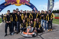 Pour cette 19e édition, les 24H Karting ESSEC organisées par l'association RACE ESSEC ont réuni près de 400 participants au Racing Kart Cormeilles (95), tous étudiants des plus grandes écoles de commerce, d'ingénieurs, et universités de France.     Plus d'infos : http://on.fb.me/1t2mP1O