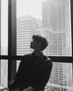 Image in Bright Vachirawit🌌 collection by Lizbeth EV Ideal Boyfriend, Boyfriend Photos, Bright Wallpaper, Bright Pictures, Thai Drama, Cute Korean, Cute Gay, Handsome Boys, My Sunshine