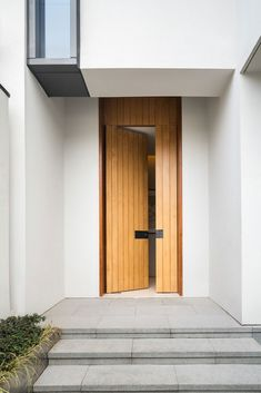 love the door detail - Jinghope Villas in Suzhou, China - designed by Singapore architecture firm, SCDA, photographed by Seth Powers. Modern Entrance Door, Front Door Entrance, House Entrance, Modern Entry, Entrance Ideas, Entry Doors, Doorway, Singapore Architecture, Modern Architecture House