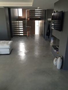 Ash Gray Colour Screed