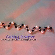 DIY Bijoux – The Cabby Crafter: [Jewelry] Swirly Bracelet Bead Jewellery, Wire Jewelry, Jewelry Crafts, Beaded Jewelry, Jewelery, Jewelry Patterns, Bracelet Patterns, Bead Patterns, Cute Bracelets