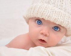 Little baby has blue eyes