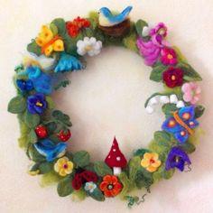 Wreaths - Cornelia Lauwaert - artist and educator - Oil Paintings - Filzunikate - craft markets - Courses Felt Flower Wreaths, Felt Wreath, Felt Flowers, Yarn Crafts, Felt Crafts, Crochet Wreath, Felt Angel, Waldorf Crafts, Needle Felting Tutorials