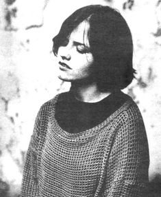Dolores O'riordan (way at the beginning of the Cranberries)