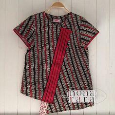 B190506 - IDR265.000 Bustline :  98cm Fabric: Batik Cap Wonogiri