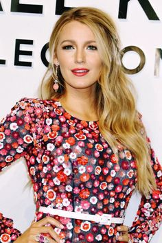 Blake Lively. Pinned by @lilyriverside