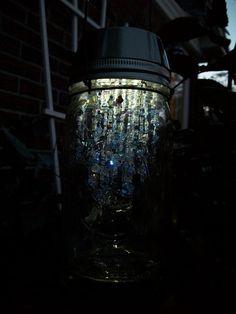 Mason jar solar light garden lantern