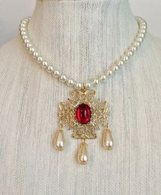 Anne Boleyn Ruby Ivory Pearl Drop by tudorshoppe on Etsy Renaissance Jewelry, Medieval Jewelry, Anne Boleyn, Antique Jewelry, Vintage Jewelry, Tudor Fashion, Pearl Drop Necklace, Royal Jewelry, Silver Jewellery