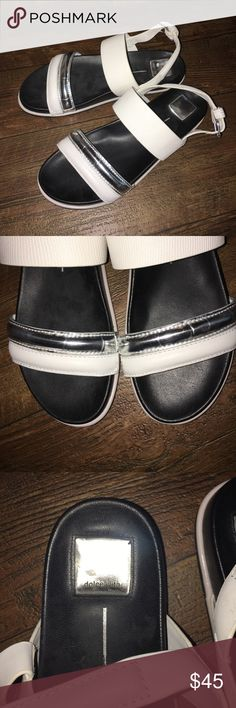 Dolce Vita Women's White Leather Foss Sandal Dolce Vita Women's White Leather Foss Sandal. In great condition worn a few times. No trades. Offers welcome🔮Bundle to save Dolce Vita Shoes Sandals