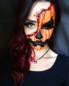 Pretty Scary Halloween Pumpkin Makeup Ideas - chic better Are you looking for a DIY Halloween costume? Need some ideas on what to do for your costume? Check out these DIY Halloween Makeup Looks. Halloween Pumpkin Makeup, Scary Halloween Pumpkins, Scarecrow Makeup, Chic Halloween, Cool Halloween Makeup, Halloween Tags, Halloween Looks, Halloween Costumes, Halloween Stuff