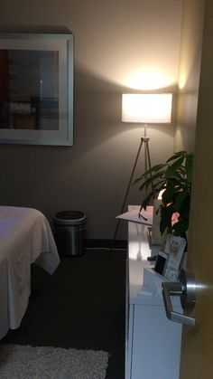 Spa Treatment Room, Facial Treatment, Spa Treatments, Spa Room Decor, Home Decor, Esthetics Room, Massage Room, Facial Massage, Diy Skin Care