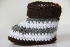 Discover recipes, home ideas, style inspiration and other ideas to try. Baby Annabell, Baby Born, Baby Shoes, Winter Hats, Beanie, Style Inspiration, Clothes, Minecraft, Fashion