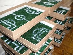 This would be the cutest invite for a soccer party.