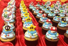 Place of Cakes: Cupcakes Super Mario Bros. Mario Birthday Cake, Super Mario Birthday, Super Mario Party, 5th Birthday, Super Mario Bros, Mario Bros Cake, Cupcakes Super Mario, Kid Cupcakes, Bolo Do Mario