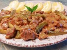 Tejszínes mustáros kecskegida ragu🍴 recept lépés 10 foto Asparagus, Beef, Chicken, Vegetables, Food, Meat, Studs, Essen, Vegetable Recipes