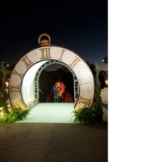 Outrageously Alice: EventWorks and Kuoni Scottsdale Dream Up a Dramatic Alice in Wonderland Gala