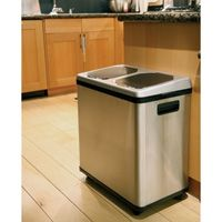 Touchless Recycling Container — Convenient Dual Bin Design