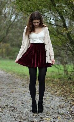 115 awesome winter women outfits ideas with flower – page 1 Burgundy Skirt Outfit, Mini Skirt Outfit Winter, Maroon Outfit, Burgundy Skater Skirt, Black Tights Outfit, Burgundy Cardigan, Legging Outfits, Fall Outfits, Casual Outfits