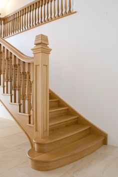 The newel post has been finished to a high standard with a finial carved in to the top of the post.