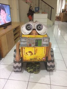 Wall E Inspired Mask Eve Mask Robot Mask Wall E Costume Eve Costume Birthday Party Favor Halloween Mask Dress up Pretend Play Cosplay