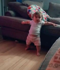 Cute Funny Baby Videos, Funny Baby Memes, Cute Funny Babies, Funny Videos For Kids, Funny Short Videos, Funny Video Memes, Funny Animal Videos, Cute Funny Animals, Funny Baby Videos Dancing