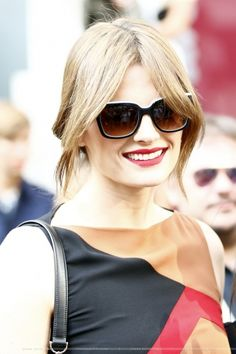 EVENTS: Stana Katic at the Salvatore Ferragamo Show: Fashion Week Milano (2015)