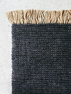 Reminiscent of rippling desert sands, this luxurious weave is double-layered, offering thickly knitted texture and rare richness underfoot. *Please note that the sizes below are the size of the actual entrance mat and it does not include the tassles.