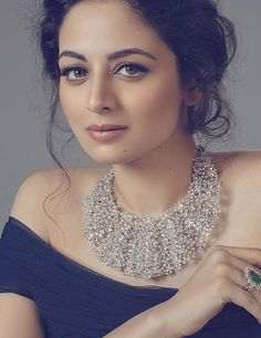30 Most Beautiful Indian Girls With Stunning Looks - 2019 Update