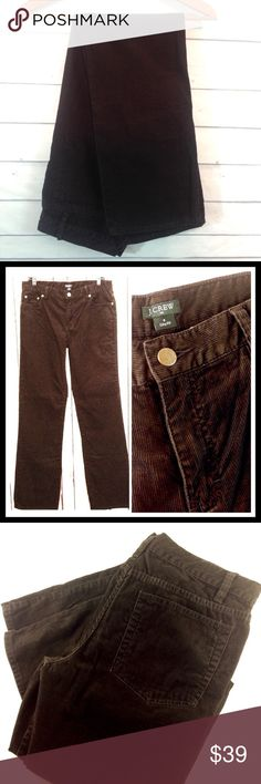 """J.Crew City Fit Brown Micro Corduroy Pant Size 6 Like new! Excellent condition.  J. Crew dark coffee brown cords. Size 6. City Fit. Waist 31"""", Inseam 32"""". 100% Cotton.                                                     🔹Please ask all your questions before you purchase! I am happy to help! 🔹Sorry, no trades or holds. 🔹Please, no lowball offers 🔹Please use Offer Button! 💕Happy Poshing! J. Crew Pants Straight Leg"""