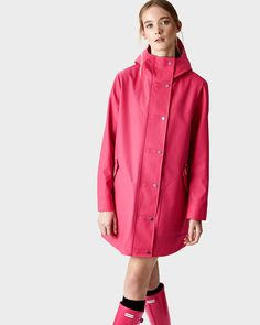 This iconic raincoat is fully waterproof with a sports mesh lining for added comfort. #RaincoatsForWomenShoes