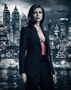 Morena baccarin as Lee Tompkins - Gotham season 4