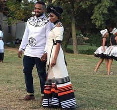 Effortless Xhosa Bride And Groom Traditional African Clothing, African Traditional Wedding, Traditional Fashion, Traditional Outfits, Traditional Weddings, African Wedding Attire, African Attire, African Wear, African Women