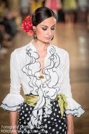 43fc3a5aa 73 mejores imágenes de Rociero en 2019 | Moda flamenca, Trajes de ...