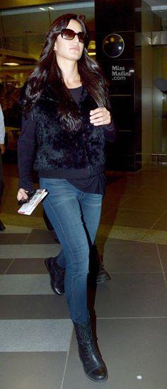 Airport Spotting: Katrina Returns From Her 'Secret' Trip - MissMalini