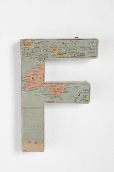 Letters covered in map paper - Buy letters maps from Hobby Lobby for DIY Home Projects, Craft Projects, Projects To Try, Craft Ideas, Diy Ideas, Preschool Ideas, Creative Ideas, Fabric Covered Letters, Living Room Orange