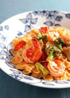 えびとブロッコリーのトマトクリームパスタ のレシピ・作り方 │ABC ... トマトの酸味が味のアクセントのトマトクリームパスタです。濃厚なソースが食欲をそそります。ファルファッレを使うことでソースのからみを良くします。