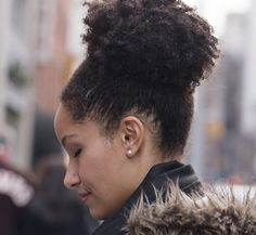 On the street: Kiley and her curly high pony tail.    See our video and more pictures of Kiley on un'ruly http://un-ruly.com/on-the-street-kiley/