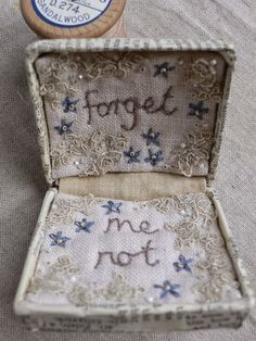Forget me not box by Gentlework