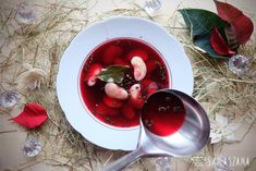 Red borscht is obligatory on the Christmas table. It is usually prepared in a version with Hansel beans.